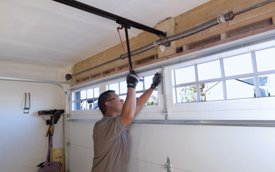 Garage Door Troubleshooting Tips For Homeowners